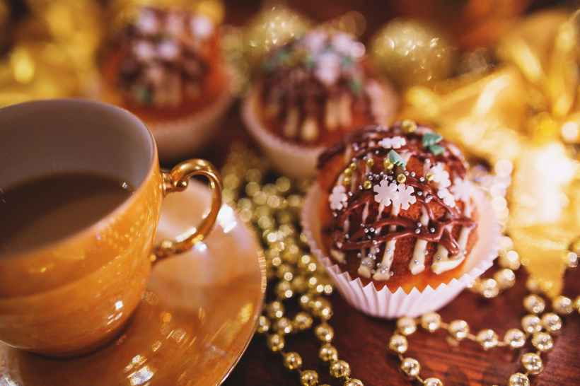 christmas cupcake coffee